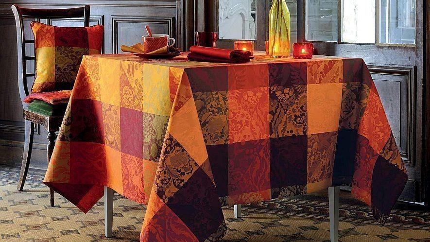 tischdecken und tischl ufer aus abwaschbaren stoffen. Black Bedroom Furniture Sets. Home Design Ideas
