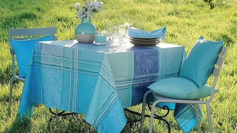 abwaschbare stoffe tischdecken l ufer tischdecken. Black Bedroom Furniture Sets. Home Design Ideas