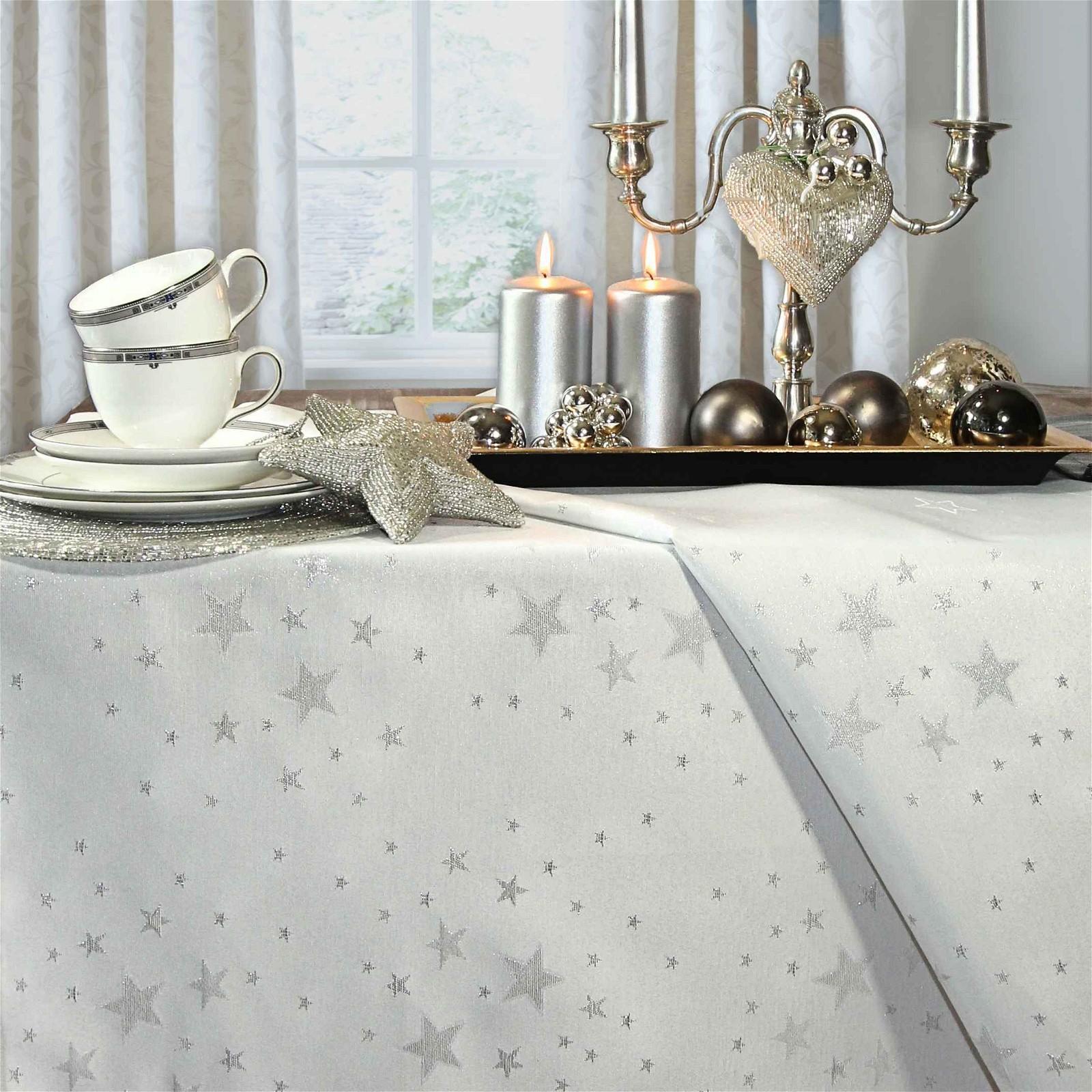 weihnachtstischdecke sternenhimmel von la tavola. Black Bedroom Furniture Sets. Home Design Ideas