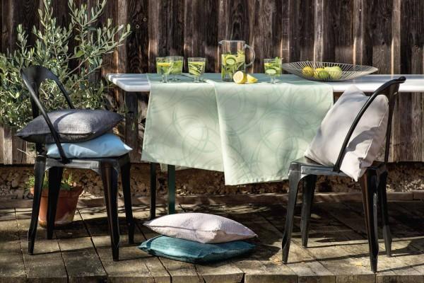 Circles - Tischläufer abwaschbar für drinnen und draußen
