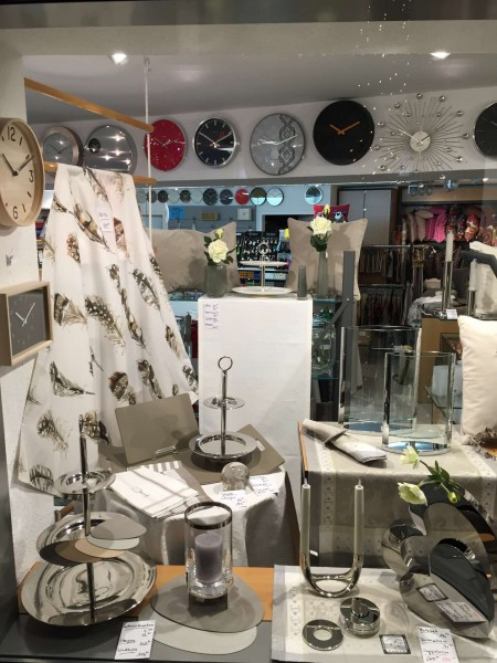la-tavola-schaufenster-2016-01-07-3-min